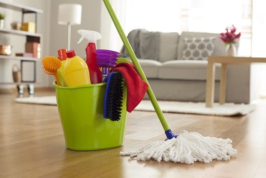 mopping the floor with vinegar